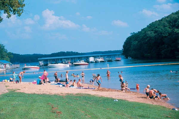 Grand glaize beach missouri state parks for Public fishing areas near me