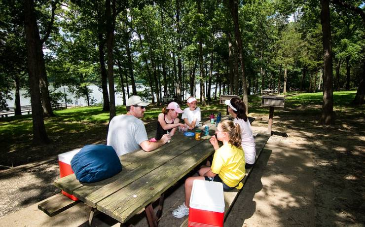 lake ozark chat sites Description this lake ozark resort is located at the 7 mile marker of lake of the ozarks it features an on-site yacht club and marina, and offers a full-service spa it features an on-site yacht club and marina, and offers a full-service spa.