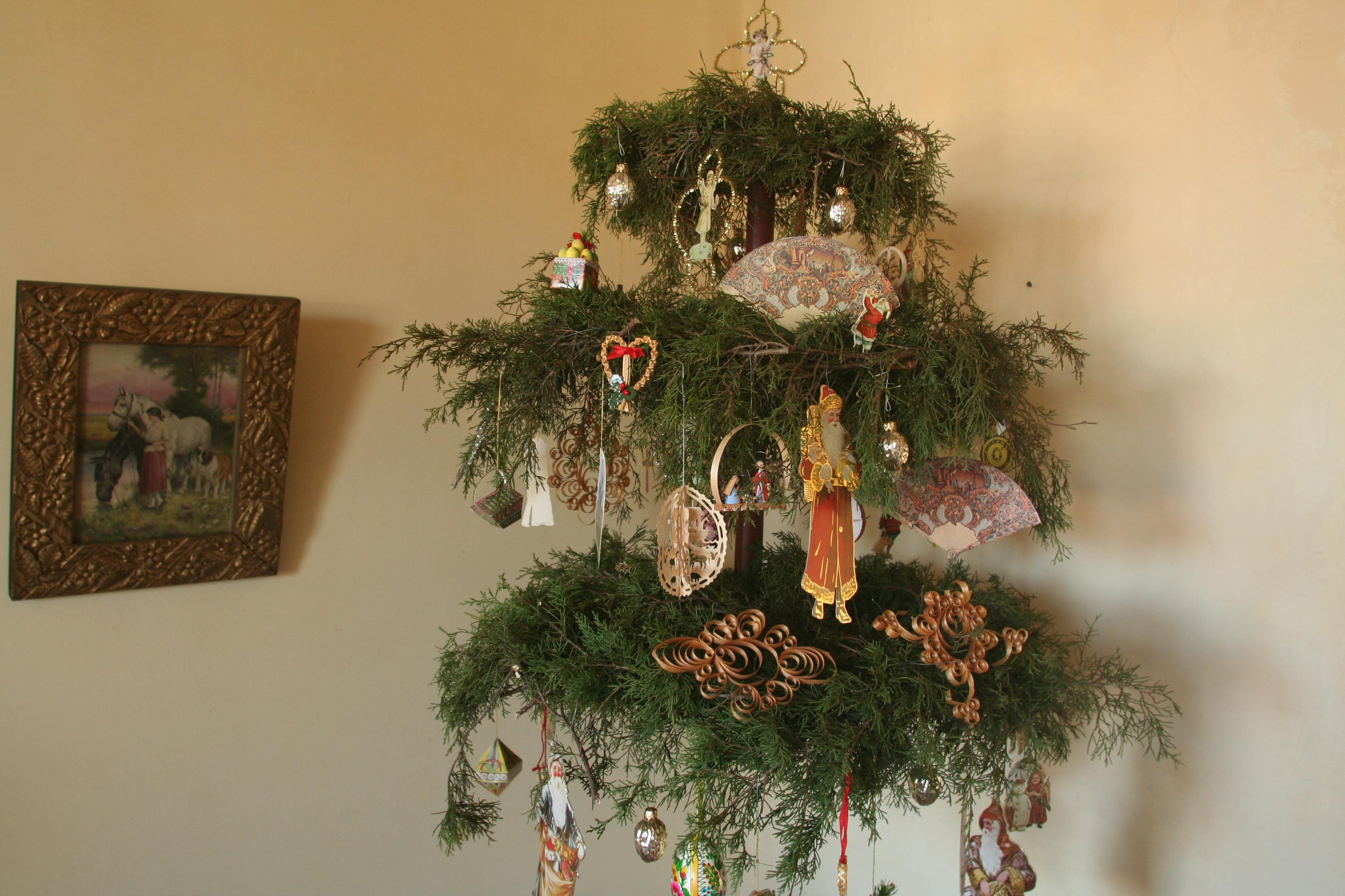 Amazing Celebrate A Traditional 19th Century German Christmas In Historic Hermann.  The Pommer Gentner House, Circa 1840, Will Be Decorated With Greenery And  Lit By ...